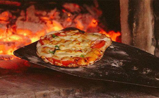 秋の実りで収穫PIZZA!